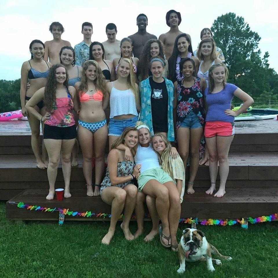 Yara mit Freunden